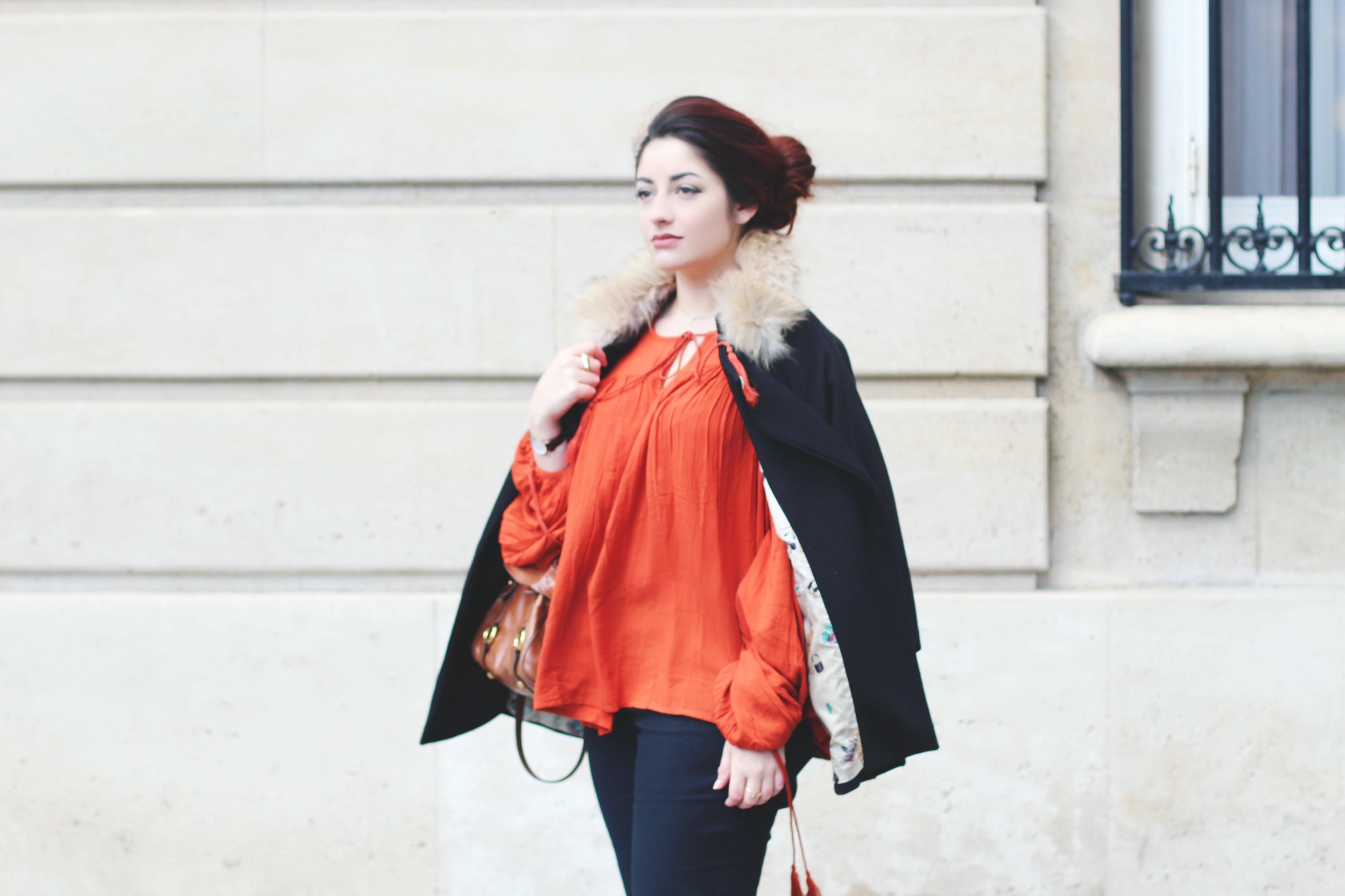 manteau cape à fourrure